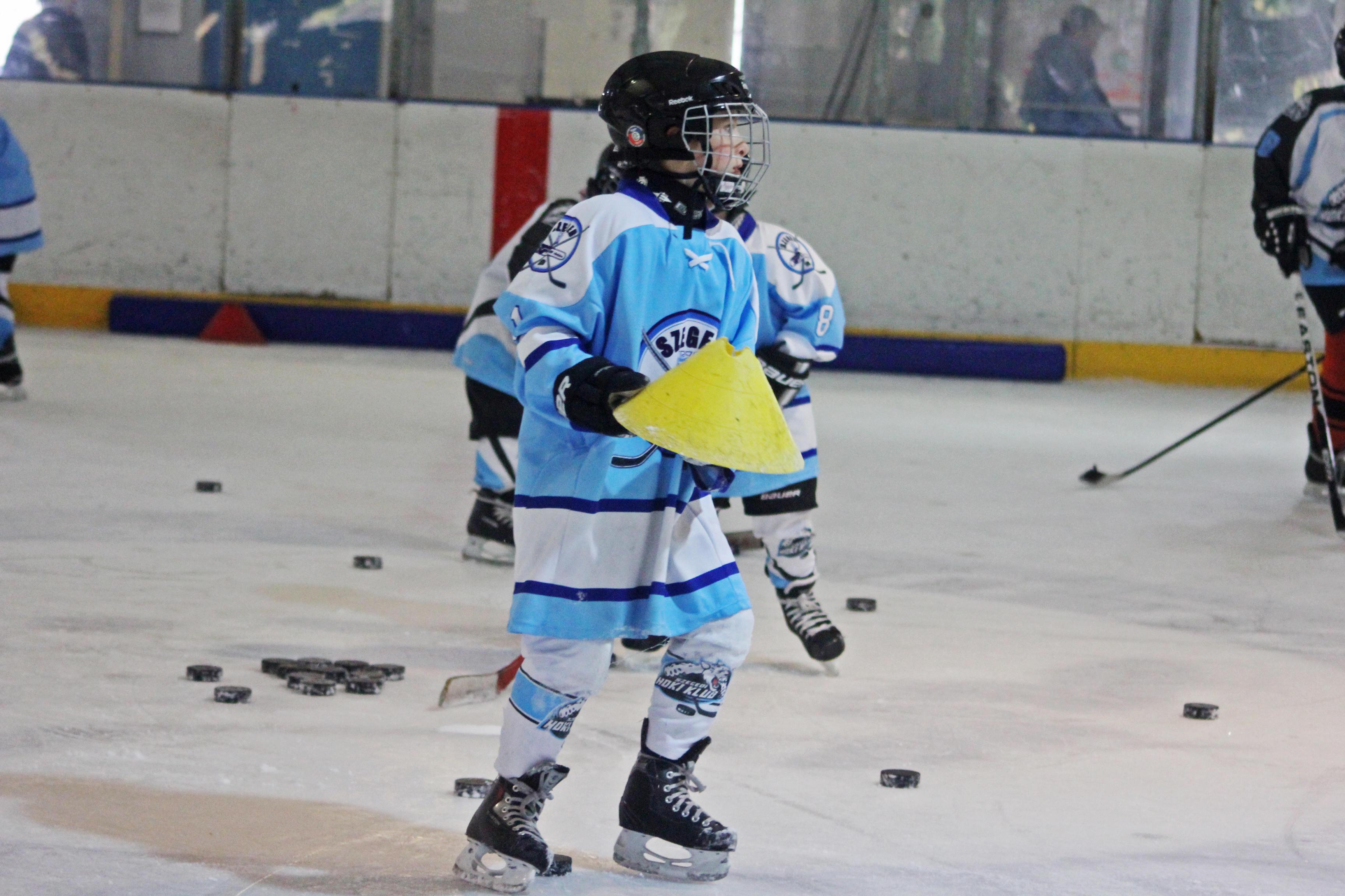 U8 és U10 kiskőrösi jeges edzés